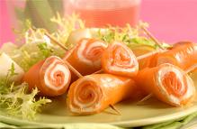 Girandoline di salmone allo zenzero senza lattosio